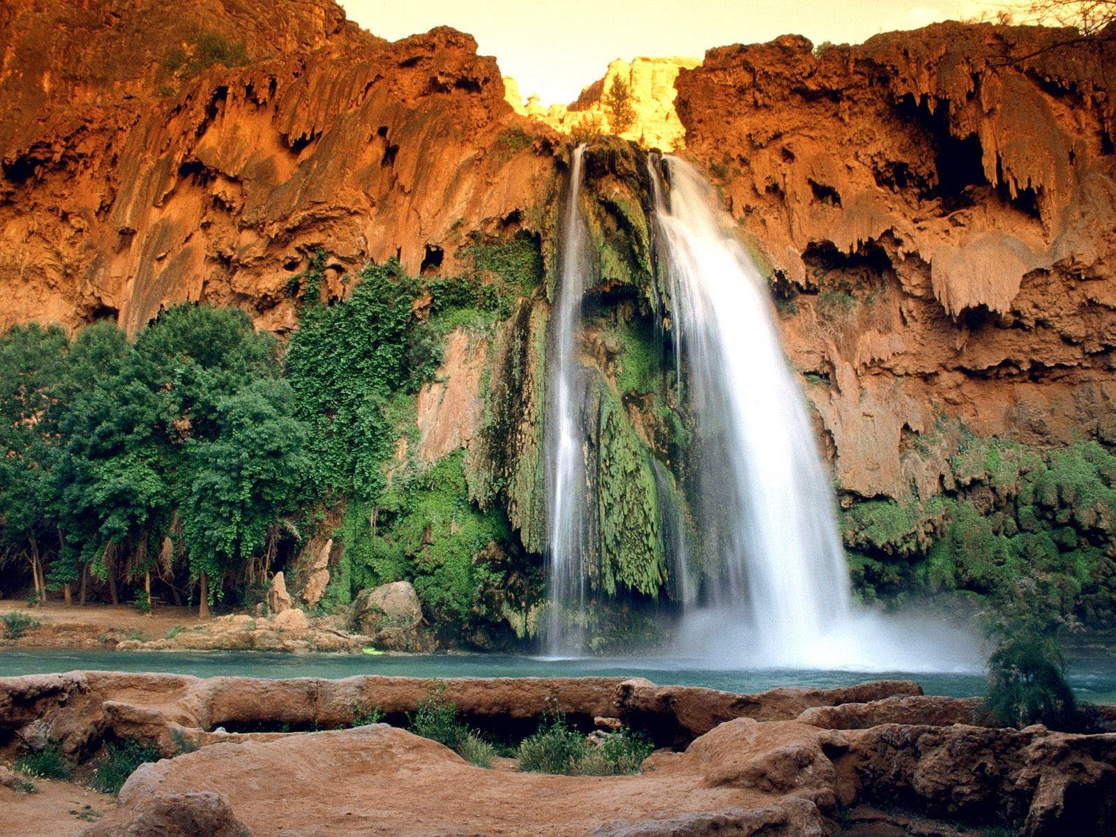helicopter tours in las vegas nevada with State Park Lake Havasu And Waterfalls on Eiffel Tower together with Picture2 3 together with Bus besides Hard Rock Pool as well Hoover Dam Upgrade Tour.