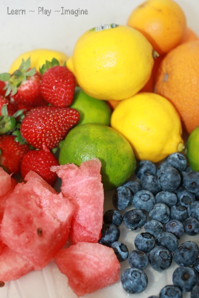 How to make snow cones with fresh fruits, no sugar or artificial sweeteners needed!