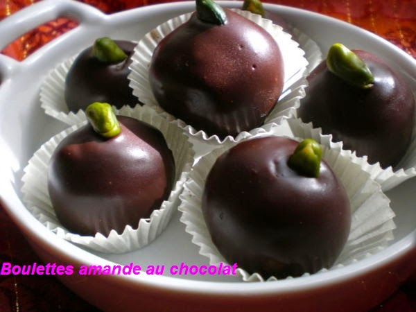 Boulettes amande au chocolat