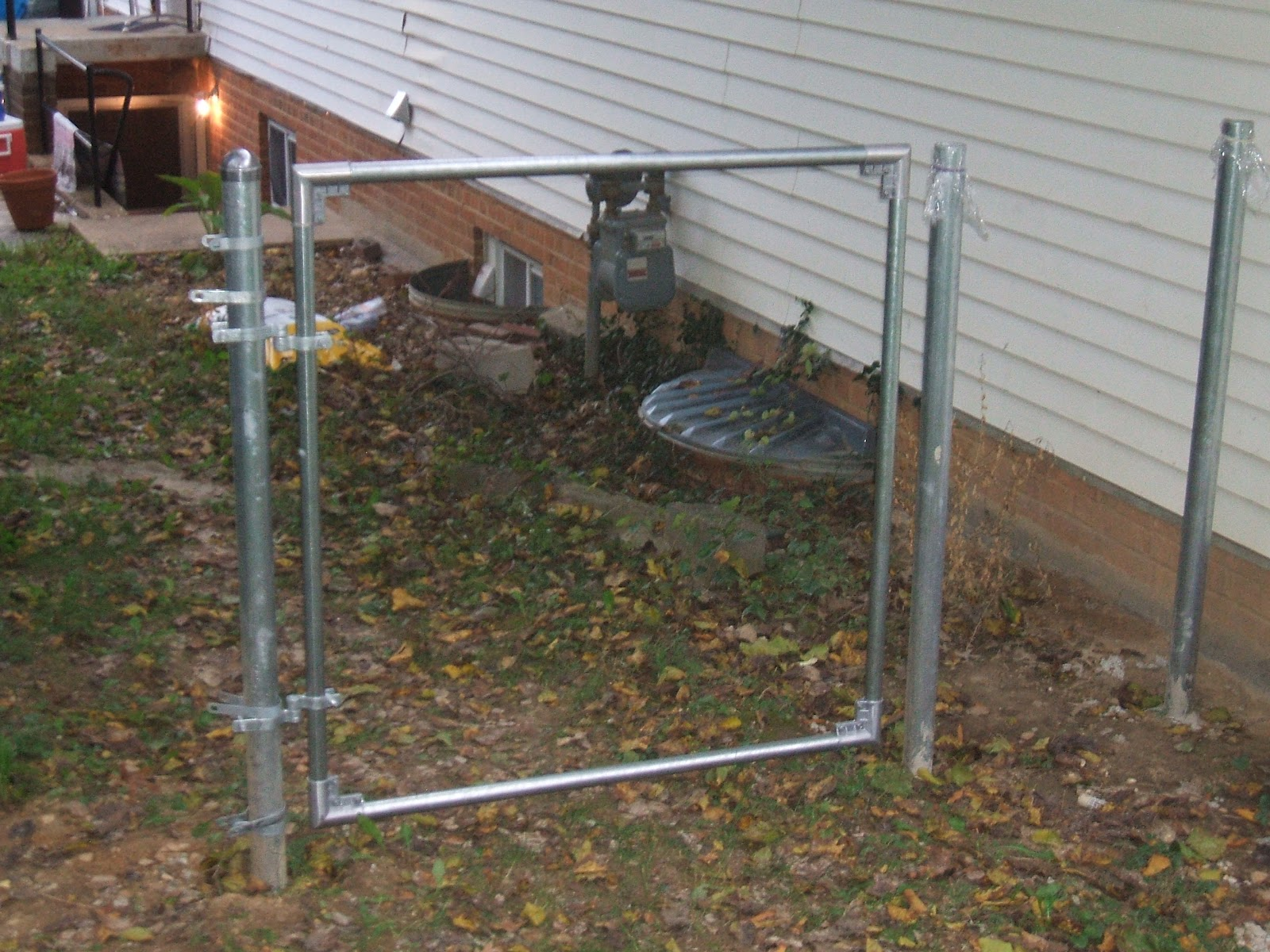 chain link fence gate hinges. chain link fence gate hinges