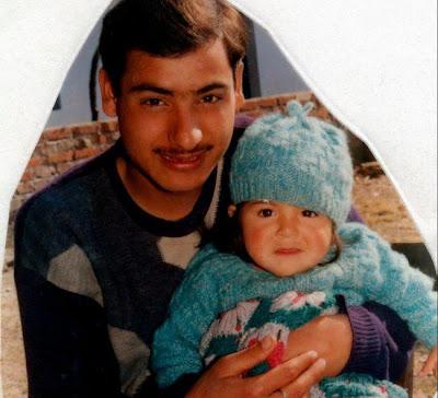 Anushka Childhood Photo with father