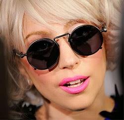 Lady Gaga - polaroid napszemüveg reklámarc