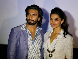 Deepika and Ranveer Promotes Ram-Leela in Bangaluru