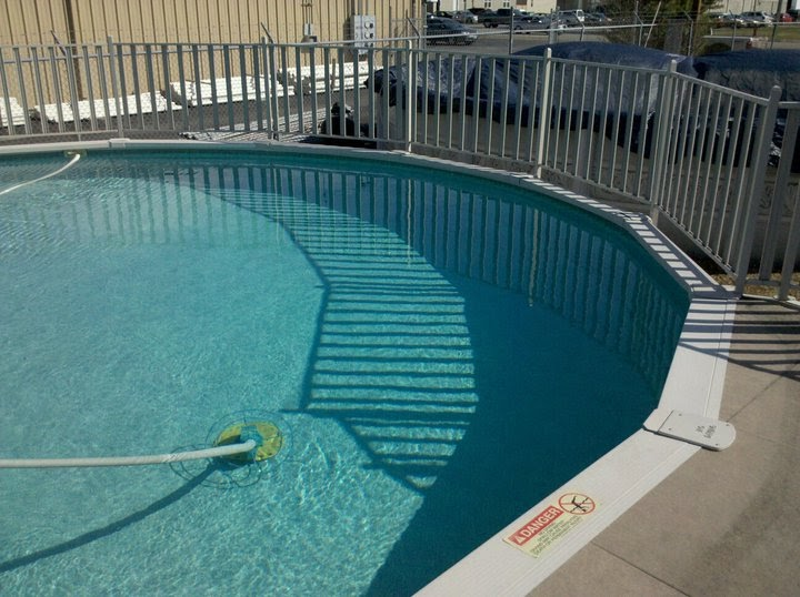 The pool and hot tub experience how to clear and prevent cloudy swimming pool water Swimming pool algae treatment