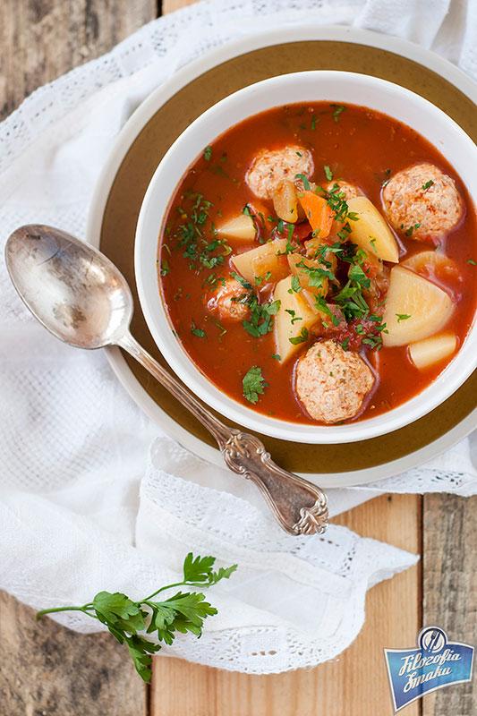 Lekka zupa z pulpetami