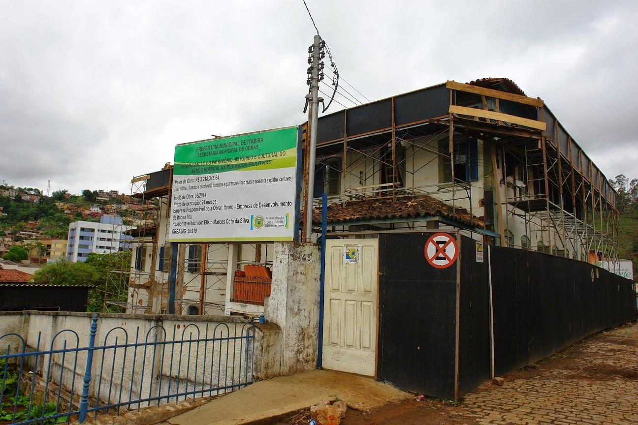 Casarão que abrigou antigo hospital passa por revitalização #308E61 1296 864
