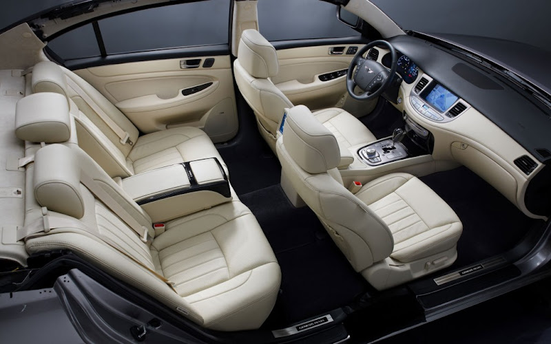 Hyundai Genesis Prada Limited-Edition Interior