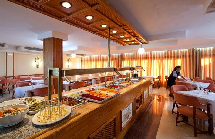 Departamento de alimentos y bebidas reas del for Areas de un restaurante