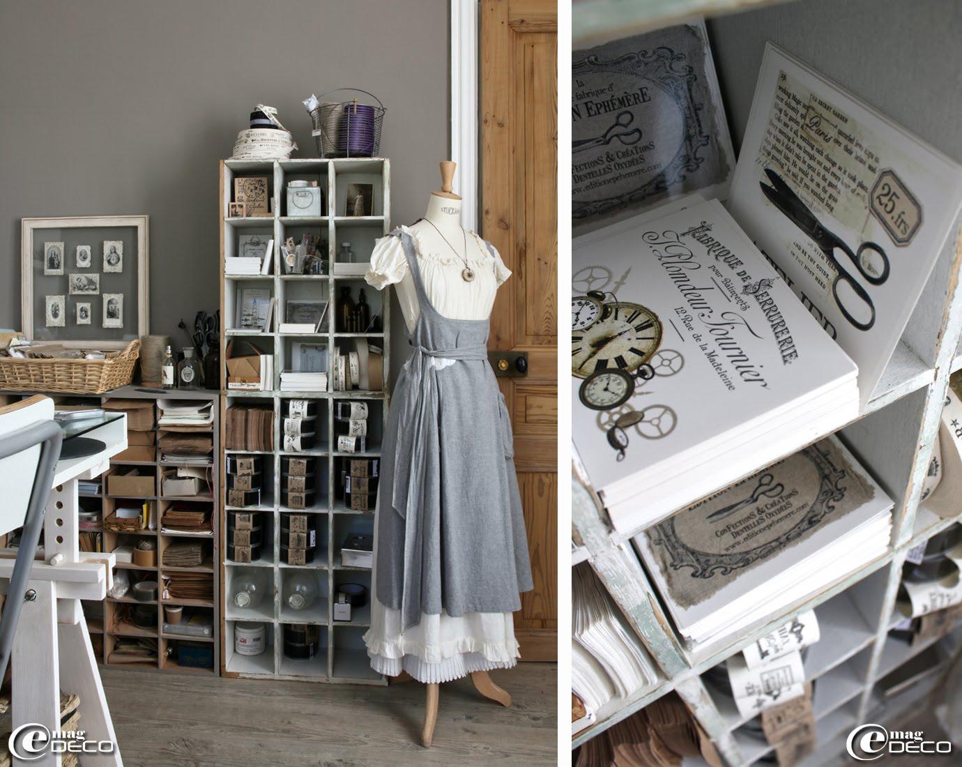 Aurélia Ducrocq du blog 'dentelles Oxydées...' range ses fournitures dans des casiers en bois chinés au côté d'un buste Stockman
