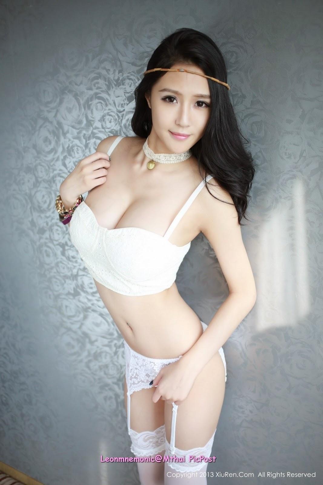 Kumpulan Gambar Sexy Dea Rizkita Runner-up 3 Putri