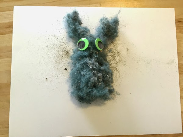 You have to see what a cute Easter bunny craft comes from this vacuum fuzz! #clevernest #easterbunny #recycle