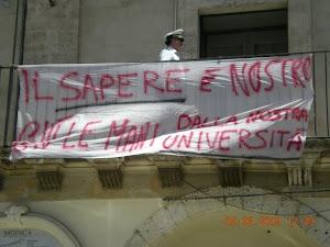 NO ALLA CHIUSURA DELL'UNIVERSITA' IBLEA