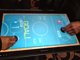 Tablero digital para jugar y tareas