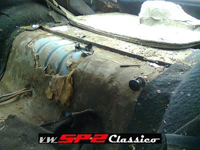 Volkswagen SP2 abandonado_13