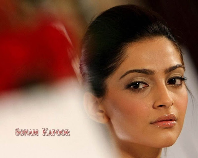 Sonam Kapoor Wallpapers Players Movie 2012 Wallpaper