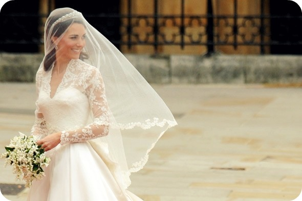kate middleton and grace kelly wedding dress. 2010 kate middleton wedding