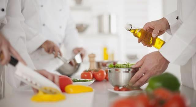 Fm gastronomia 10 puntos b sicos de calidad que debe for Concepto de comedor industrial