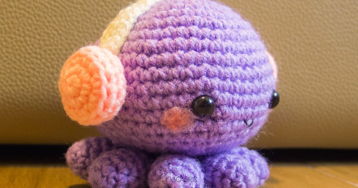 Amigurumi Headphones : Crocheted Octopus with Headphones Amigurumi ~ Snacksies ...