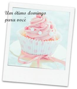 imagem cupcake rosa um bom domingo para você