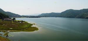 Покхара. Про прокат мопедов, лодок и день рождения