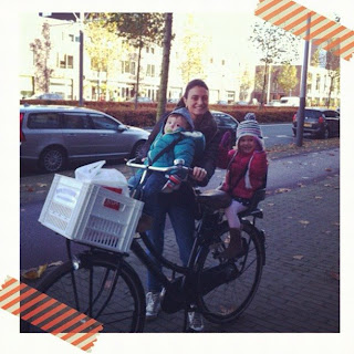 Blog de Unhas feitas em Amsterdam para blog Mãe bacana