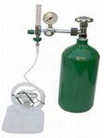 Balão ou cilindro de oxigênio roubado por Joãozinho da avó, para a aula de noções de medicina.