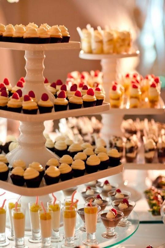 classic wedd dessert mini cupcakes