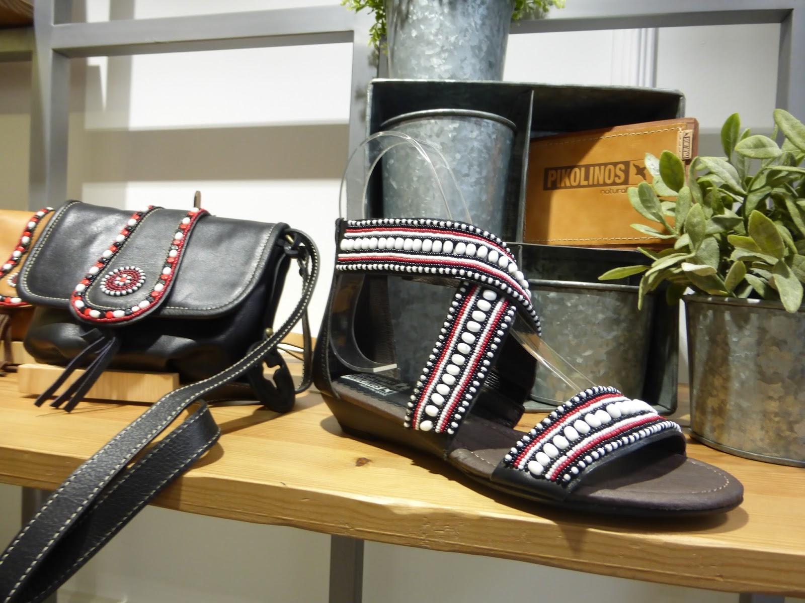 Ce projet Massaï, en partenariat entre Pikolinos et la tribu Massaï nous  emmène tout droit en Afrique. Le but de ses femmes qui travaillent ses  chaussures ... 766bd5bc3a24