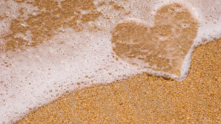 Heart From Beach Sand HD Wallpaper
