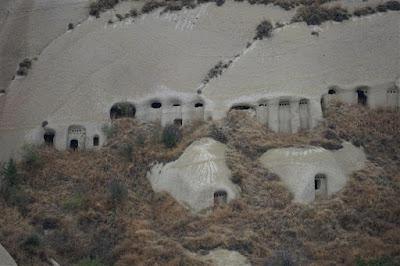 Cuevas excavadas en Uçhisar