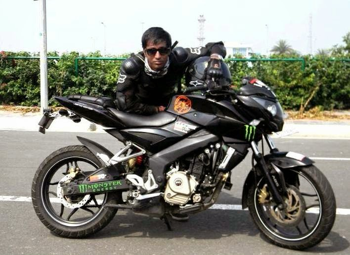 pulsar 200 NS review sanchit bhatnagar
