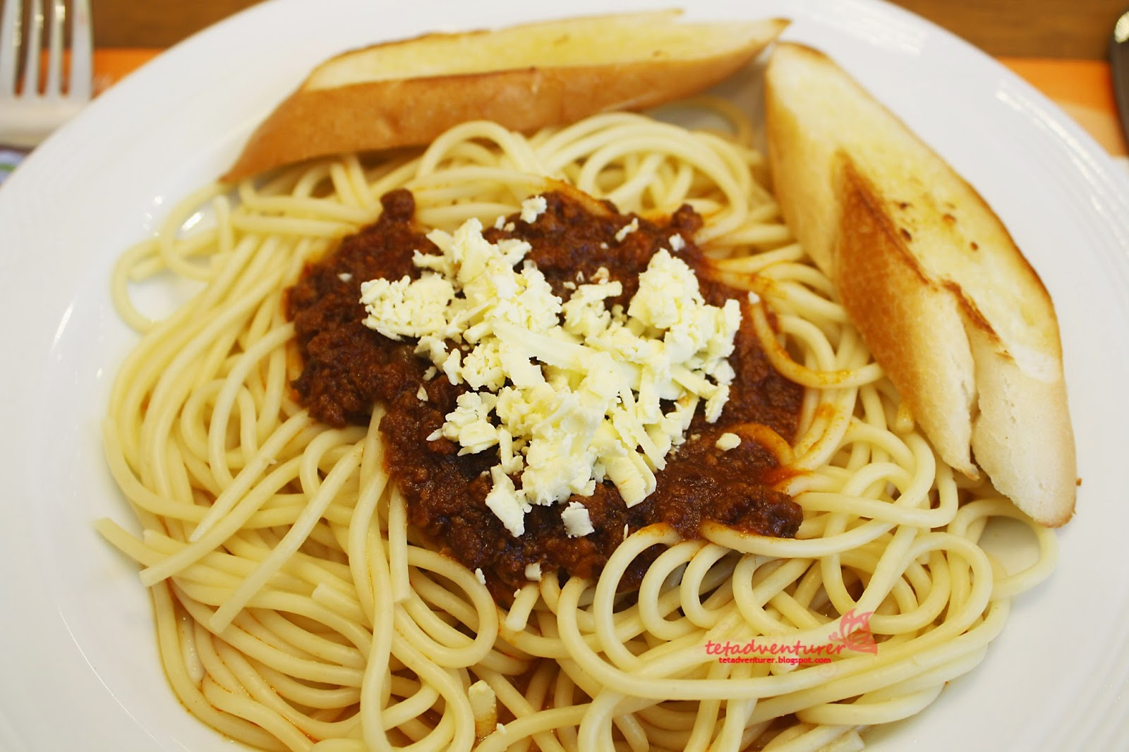 Tetadventurer going back home pancake house spaghetti with meat sauce 180 pesos its really funny that every time we go to pancake house we always thought that the sauce is too little ccuart Gallery