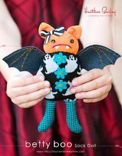 vampira juguete hecha de tela