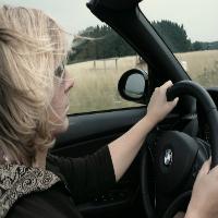 homens têm senso de direção melhor do que as mulheres, mas elas dirigem melhor