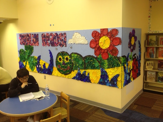 Thomas elementary art 4th and 5th grade bottle cap mural for Elementary school mural ideas