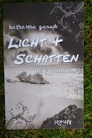 http://lenasbuecherwelt.blogspot.de/2014/07/rezension-katharina-gansch-licht-und_19.html#more