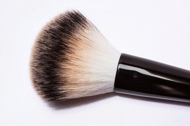Bagaimana cara mencuci brush atau kuas make up
