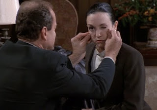 Frasier gives Lilith a pinch