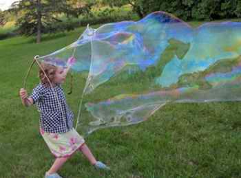 Гигантский мыльный пузырь своими руками