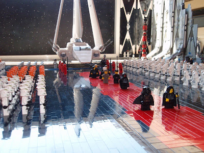 Star Wars Emperor's Arrival Scene In Lego Seen On www.coolpicturegallery.us