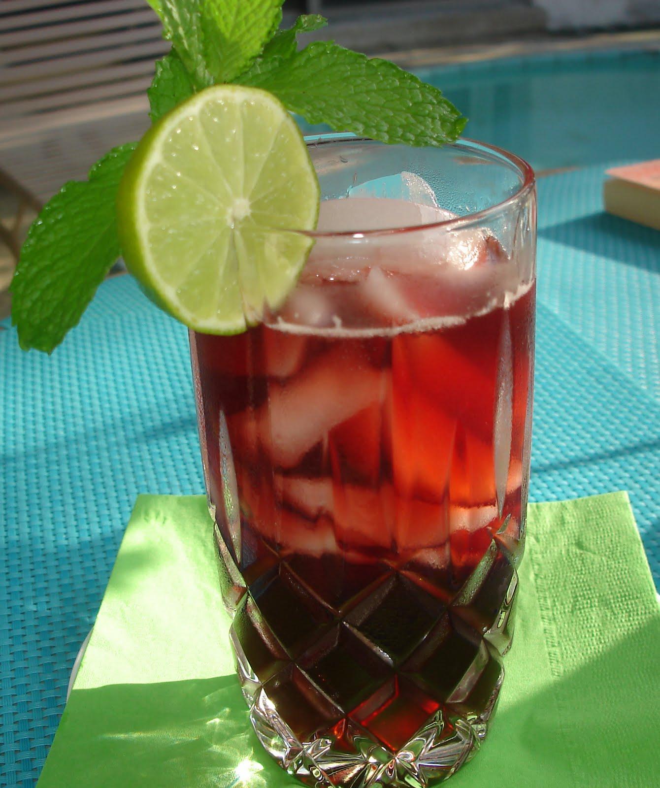 The Tiny Skillet: Agua de Flor de Jamaica (Hibiscus Tea)