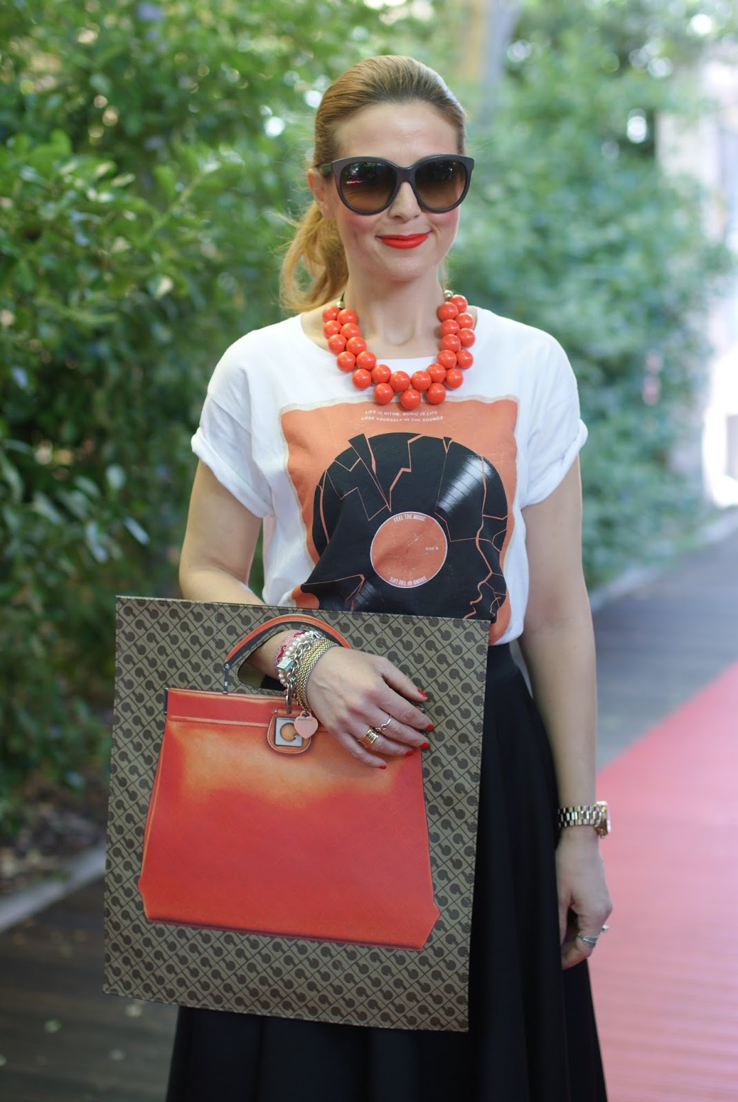 Gherardini bag, DodiciDodici bag, Gherardini piattina anniversary 130, orange flat bag, Asos skirt, Fashion and Cookies fashion blog, fashion blogger