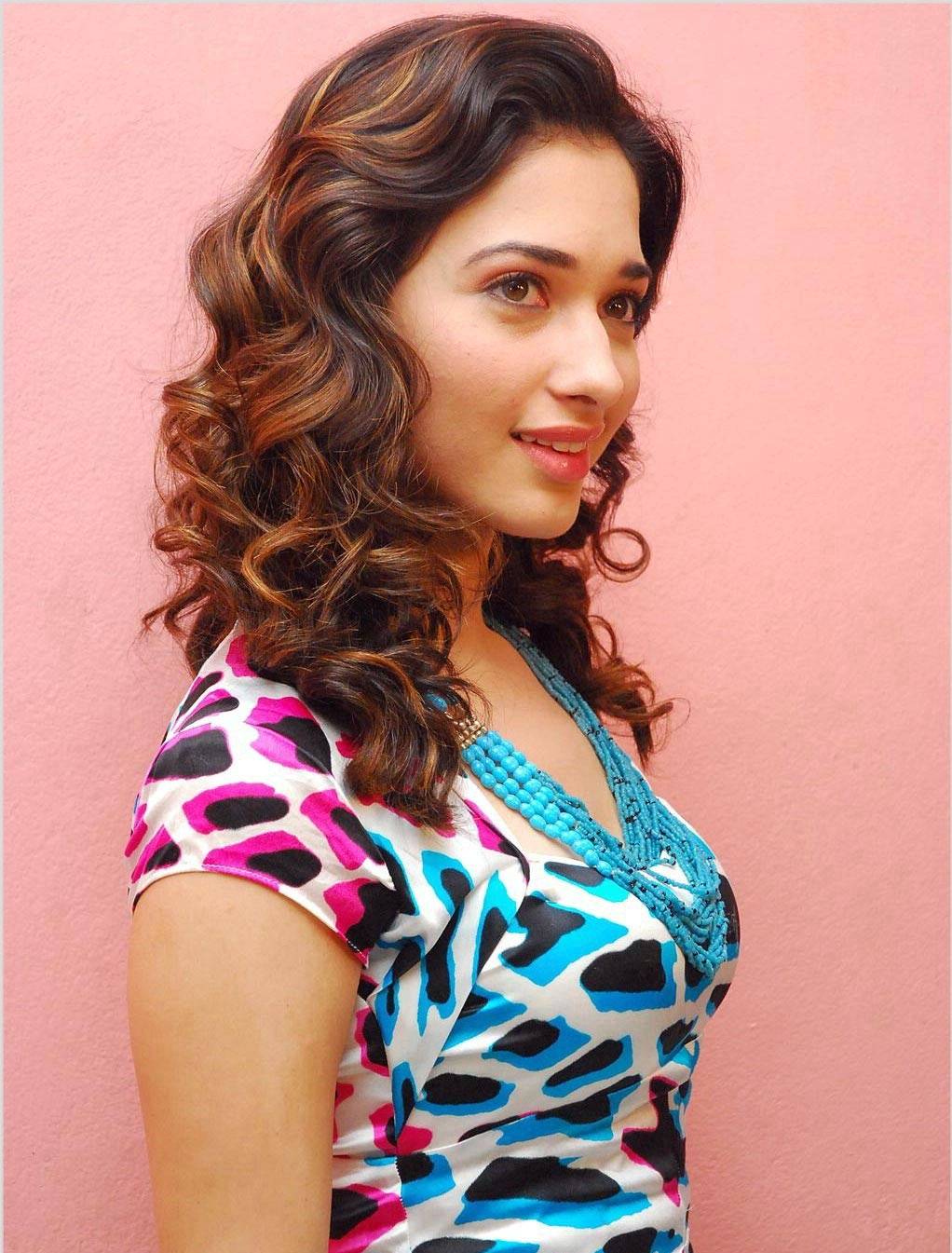 new arabian fashion: tamanna bhatia biography and images