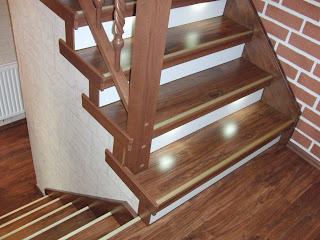 HK-Treppenrenovierung - Treppenwange bündig nach der Renovierung