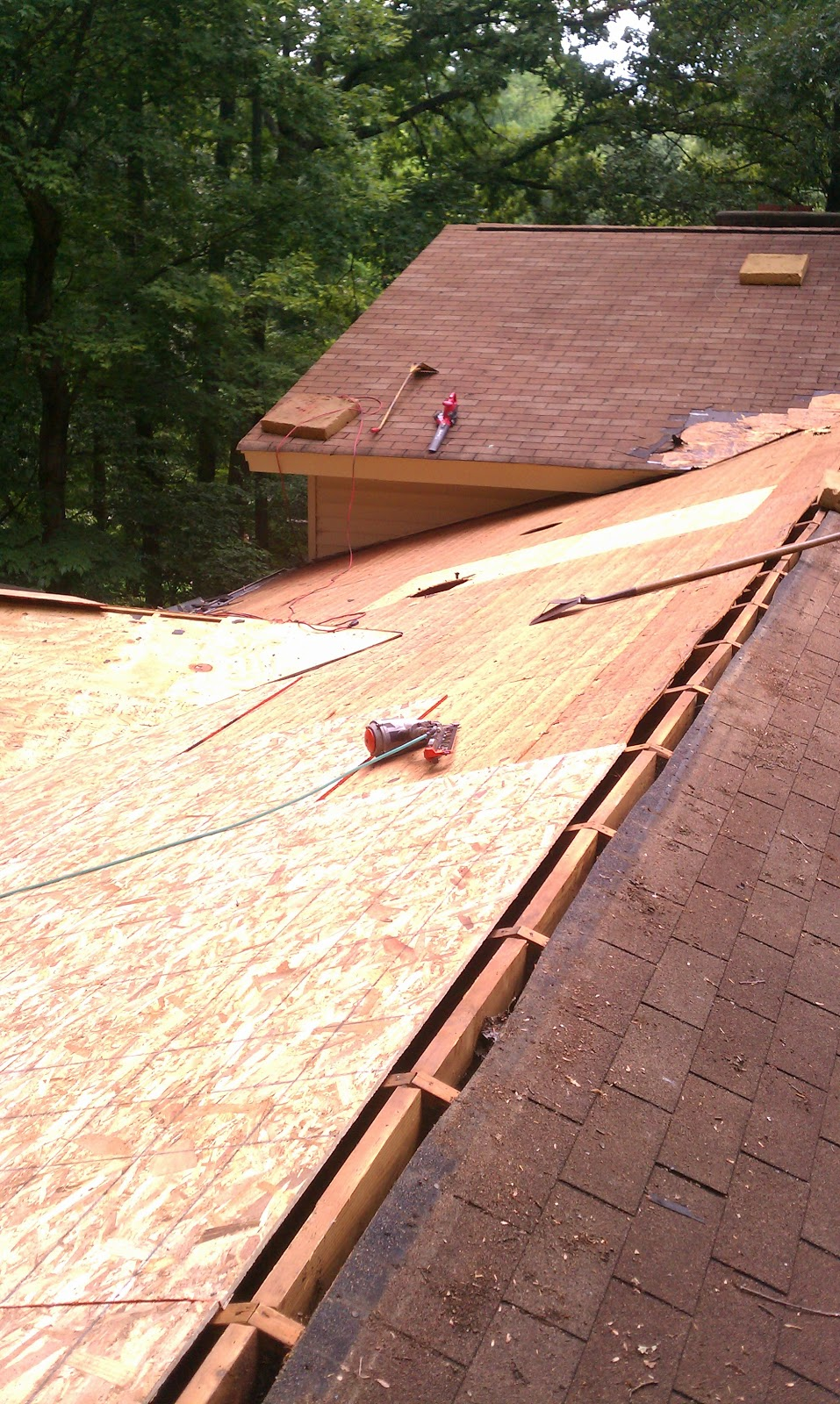 Allen deans inc raleigh roof contractor serving the for Roof decking thickness