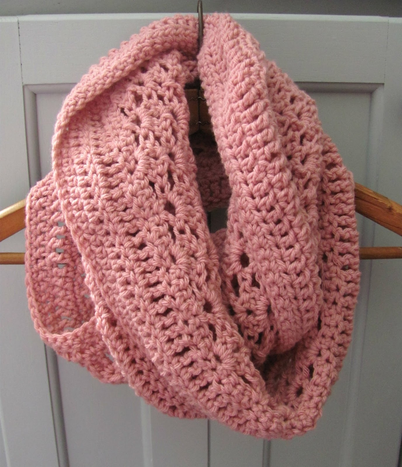 Crochet Scarf Pattern With Pictures : half double: Lacy Shells Scarf