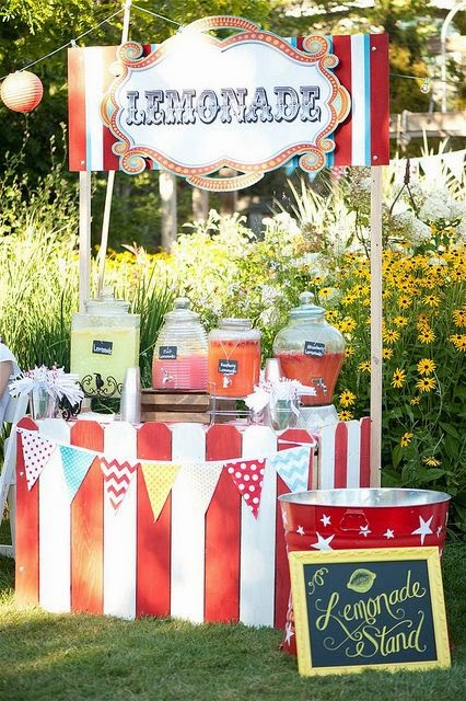 circus themed lemonade stand