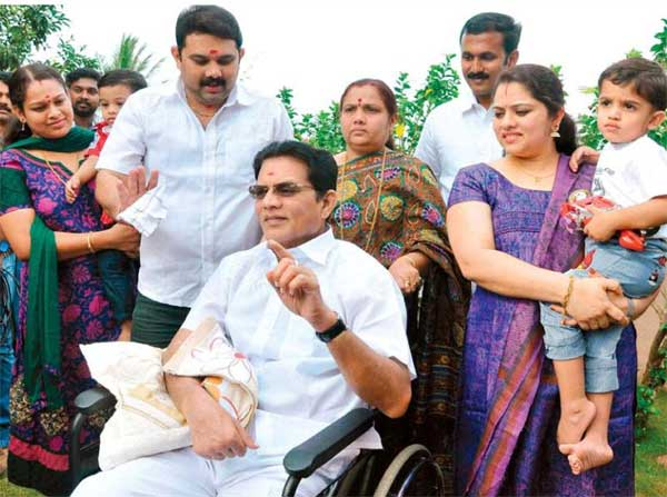 Entertainment news, Mollywood, Actor, Jagathy Sreekumar, Accident, Kerala News, International News, National News, Gulf News, Health News, Educational News, Business News, Stock News, Gold News.