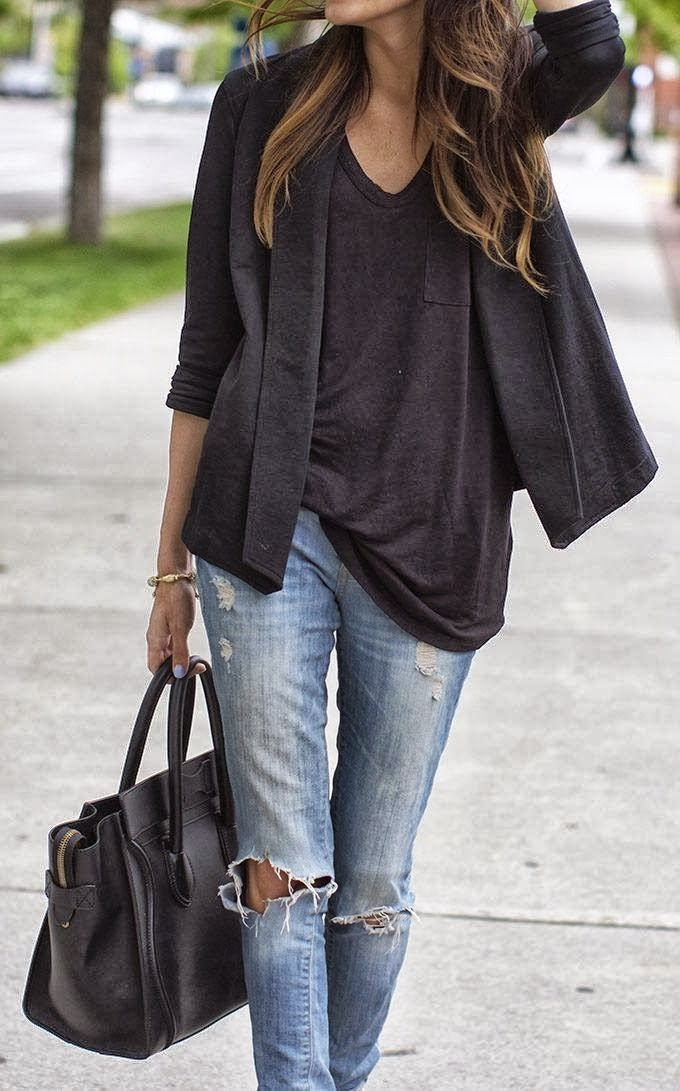 Ripped Casual Jeans With Black Blazer