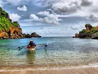 Berwisata di Desa Nelayan Pantai Ngrenehan